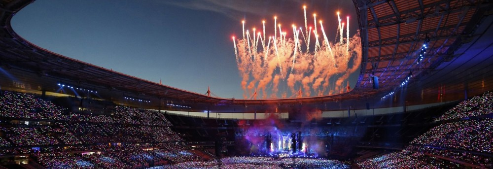 two not to be missed concerts this summer in stade de france. Black Bedroom Furniture Sets. Home Design Ideas