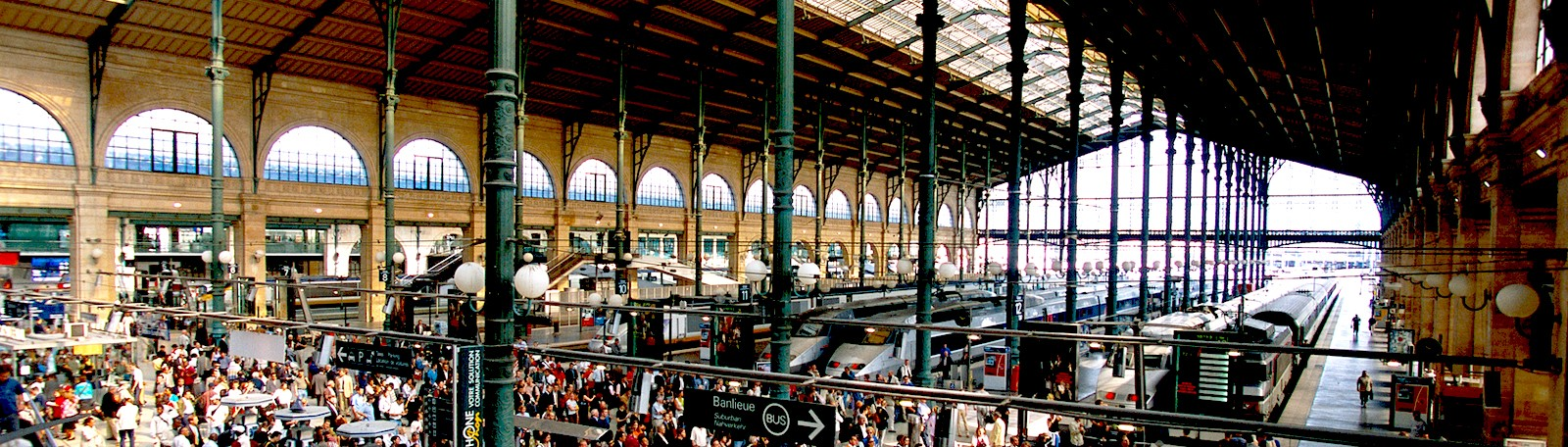 Train station - Stations, public transport - Chartres
